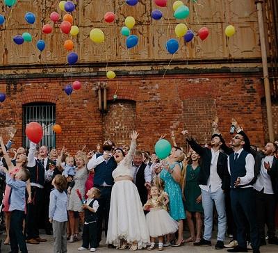 Polaroid einer Hochzeitsfeier in Berlin-Hipsterhausen