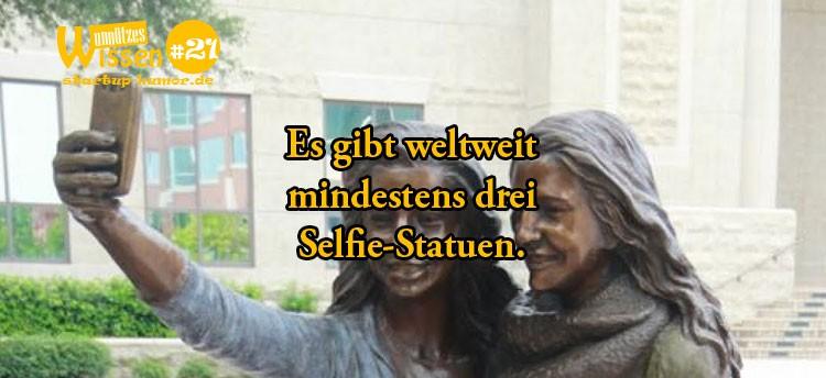 selfie-statuen